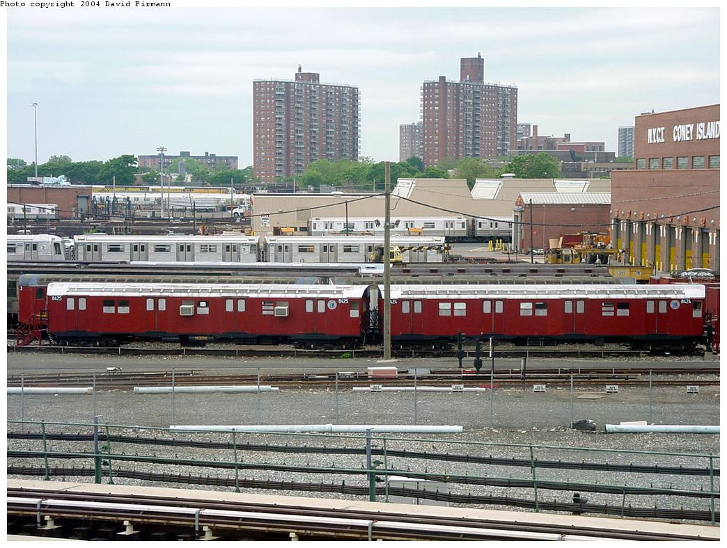 (173k, 1044x788)<br><b>Country:</b> United States<br><b>City:</b> New York<br><b>System:</b> New York City Transit<br><b>Location:</b> Coney Island Yard-Training Facilities<br><b>Car:</b> R-30 (St. Louis, 1961) 8424 <br><b>Photo by:</b> David Pirmann<br><b>Date:</b> 6/18/2000<br><b>Viewed (this week/total):</b> 1 / 5093