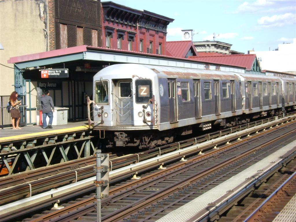 (152k, 1024x768)<br><b>Country:</b> United States<br><b>City:</b> New York<br><b>System:</b> New York City Transit<br><b>Line:</b> BMT Nassau Street/Jamaica Line<br><b>Location:</b> Marcy Avenue <br><b>Route:</b> Z<br><b>Car:</b> R-42 (St. Louis, 1969-1970)  4795 <br><b>Photo by:</b> Emmanuel Robinson<br><b>Date:</b> 8/7/2009<br><b>Viewed (this week/total):</b> 3 / 977