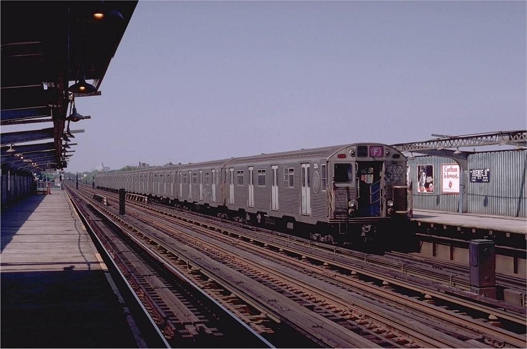 (185k, 1024x679)<br><b>Country:</b> United States<br><b>City:</b> New York<br><b>System:</b> New York City Transit<br><b>Line:</b> BMT Culver Line<br><b>Location:</b> Avenue U <br><b>Route:</b> F<br><b>Car:</b> R-32 (Budd, 1964)  3574 <br><b>Photo by:</b> Joe Testagrose<br><b>Date:</b> 7/4/1980<br><b>Viewed (this week/total):</b> 2 / 3436