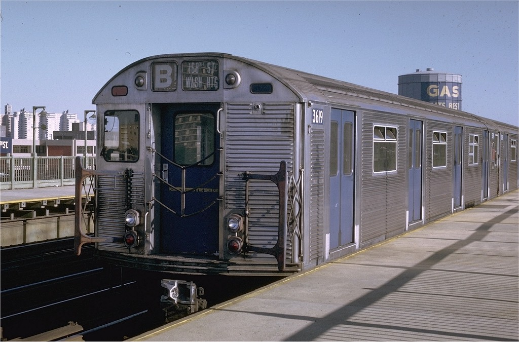 (190k, 1024x675)<br><b>Country:</b> United States<br><b>City:</b> New York<br><b>System:</b> New York City Transit<br><b>Line:</b> BMT West End Line<br><b>Location:</b> Bay 50th Street <br><b>Route:</b> B<br><b>Car:</b> R-32 (Budd, 1964)  3619 <br><b>Collection of:</b> Joe Testagrose<br><b>Date:</b> 8/21/1969<br><b>Viewed (this week/total):</b> 0 / 3355