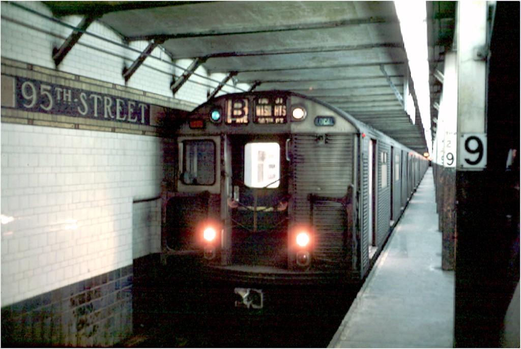 (172k, 1024x686)<br><b>Country:</b> United States<br><b>City:</b> New York<br><b>System:</b> New York City Transit<br><b>Line:</b> BMT 4th Avenue<br><b>Location:</b> 95th Street/Fort Hamilton <br><b>Route:</b> B<br><b>Car:</b> R-32 (Budd, 1964)  3633 <br><b>Photo by:</b> Doug Grotjahn<br><b>Collection of:</b> Joe Testagrose<br><b>Date:</b> 2/10/1969<br><b>Viewed (this week/total):</b> 4 / 6985