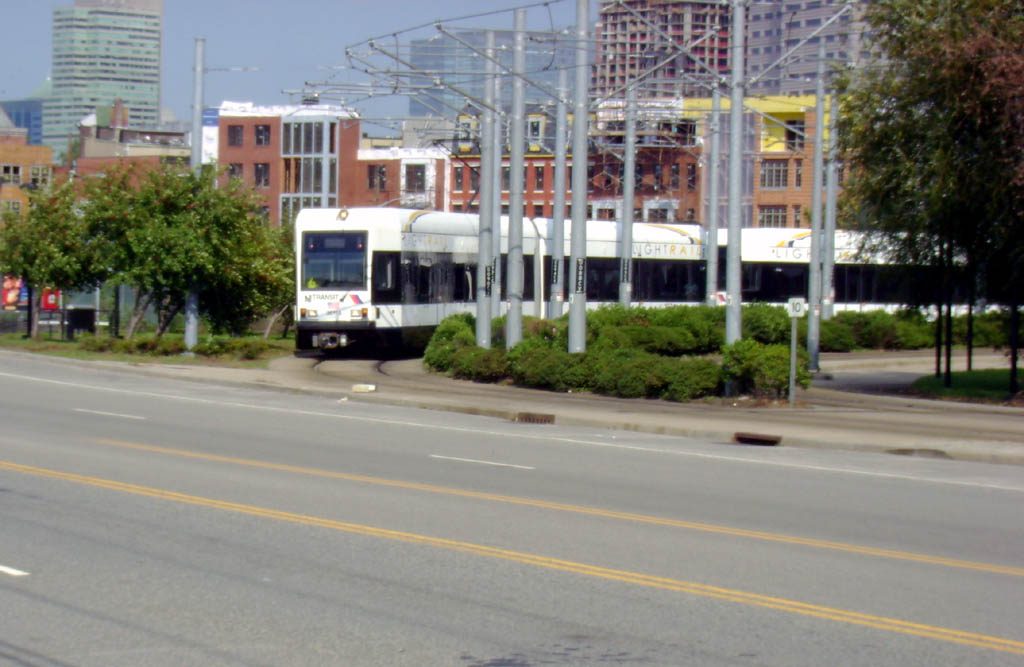 (119k, 1024x667)<br><b>Country:</b> United States<br><b>City:</b> Jersey City, NJ<br><b>System:</b> Hudson Bergen Light Rail<br><b>Location:</b> Jersey Avenue <br><b>Car:</b> NJT-HBLR LRV (Kinki-Sharyo, 1998-99)  2011 <br><b>Photo by:</b> Pablo Maneiro<br><b>Date:</b> 9/20/2006<br><b>Viewed (this week/total):</b> 3 / 1776