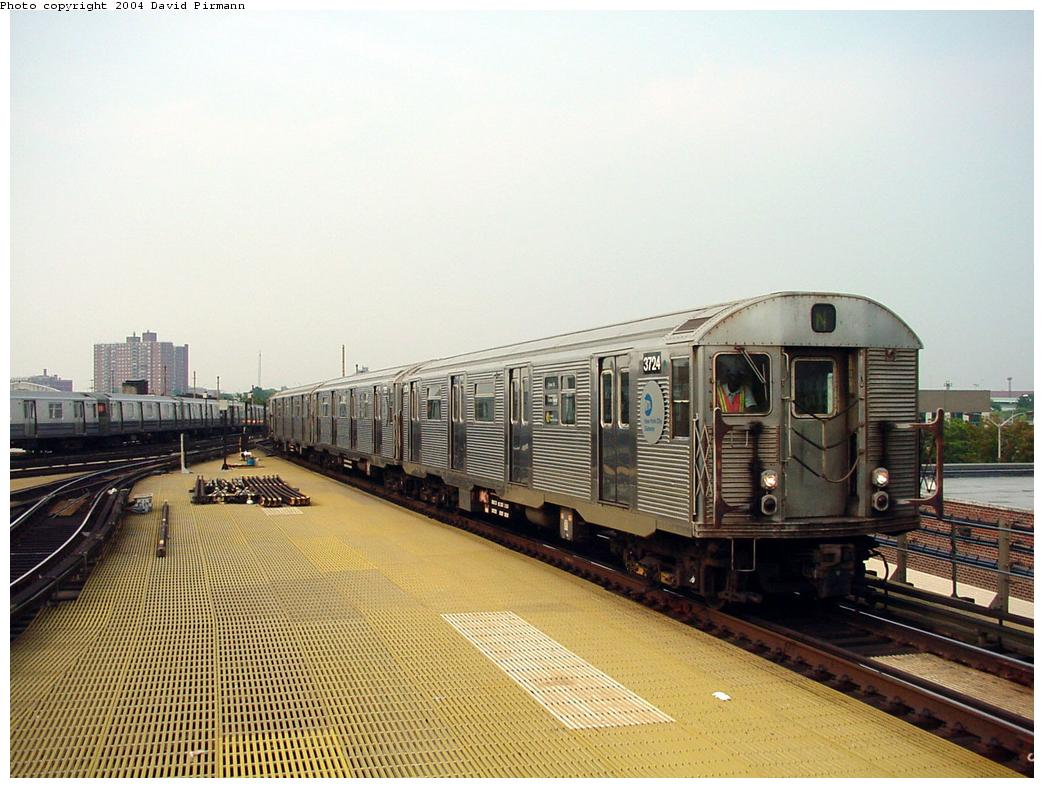 (133k, 1044x788)<br><b>Country:</b> United States<br><b>City:</b> New York<br><b>System:</b> New York City Transit<br><b>Location:</b> Coney Island/Stillwell Avenue<br><b>Route:</b> N<br><b>Car:</b> R-32 (Budd, 1964)  3724 <br><b>Photo by:</b> David Pirmann<br><b>Date:</b> 8/27/2000<br><b>Viewed (this week/total):</b> 2 / 3791