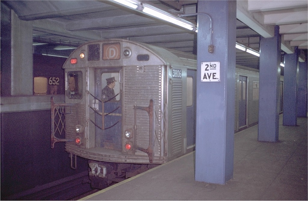 (191k, 1024x670)<br><b>Country:</b> United States<br><b>City:</b> New York<br><b>System:</b> New York City Transit<br><b>Line:</b> IND 6th Avenue Line<br><b>Location:</b> 2nd Avenue <br><b>Route:</b> D<br><b>Car:</b> R-32 (Budd, 1964)  3806 <br><b>Photo by:</b> Doug Grotjahn<br><b>Collection of:</b> Joe Testagrose<br><b>Date:</b> 1/6/1972<br><b>Viewed (this week/total):</b> 4 / 6332