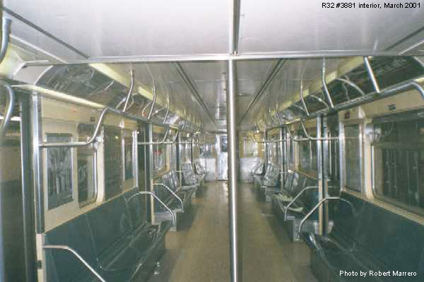 (49k, 600x400)<br><b>Country:</b> United States<br><b>City:</b> New York<br><b>System:</b> New York City Transit<br><b>Car:</b> R-32 (GE Rebuild) 3881 <br><b>Photo by:</b> Robert Marrero<br><b>Date:</b> 3/2001<br><b>Viewed (this week/total):</b> 0 / 8570