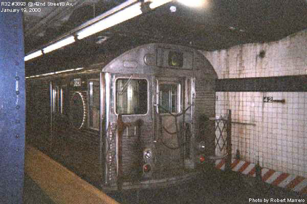 (59k, 600x400)<br><b>Country:</b> United States<br><b>City:</b> New York<br><b>System:</b> New York City Transit<br><b>Line:</b> IND 8th Avenue Line<br><b>Location:</b> 42nd Street/Port Authority Bus Terminal <br><b>Route:</b> C<br><b>Car:</b> R-32 (GE Rebuild) 3893 <br><b>Photo by:</b> Robert Marrero<br><b>Date:</b> 1/19/2000<br><b>Viewed (this week/total):</b> 5 / 9148