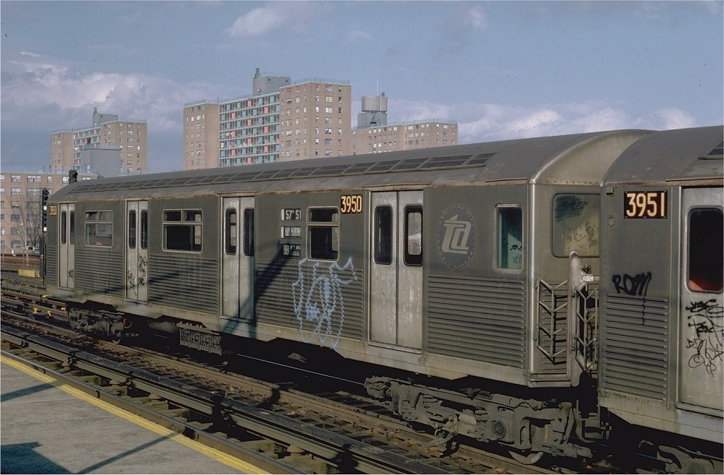 (190k, 1024x672)<br><b>Country:</b> United States<br><b>City:</b> New York<br><b>System:</b> New York City Transit<br><b>Line:</b> BMT West End Line<br><b>Location:</b> Bay 50th Street <br><b>Route:</b> B<br><b>Car:</b> R-38 (St. Louis, 1966-1967)  3950 <br><b>Photo by:</b> Steve Zabel<br><b>Collection of:</b> Joe Testagrose<br><b>Date:</b> 11/6/1981<br><b>Viewed (this week/total):</b> 1 / 4359