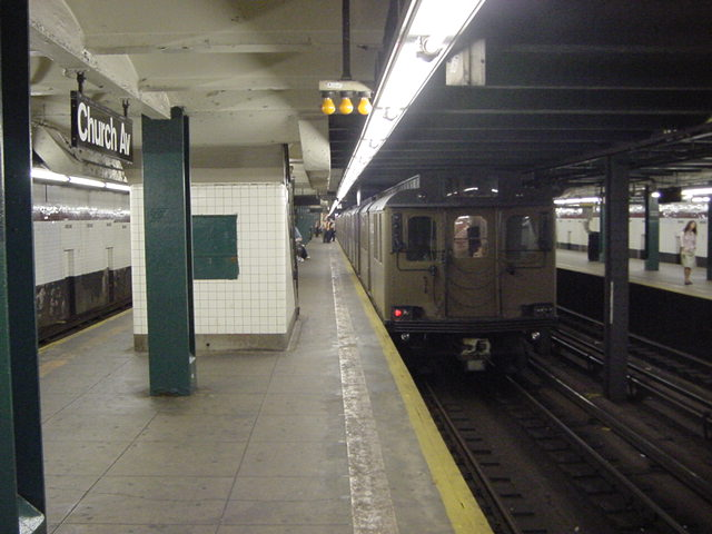 (60k, 640x480)<br><b>Country:</b> United States<br><b>City:</b> New York<br><b>System:</b> New York City Transit<br><b>Line:</b> IND Crosstown Line<br><b>Location:</b> Church Avenue <br><b>Route:</b> Fan Trip<br><b>Car:</b> BMT D-Type Triplex 6112 <br><b>Photo by:</b> Salaam Allah<br><b>Date:</b> 9/22/2002<br><b>Viewed (this week/total):</b> 0 / 2783