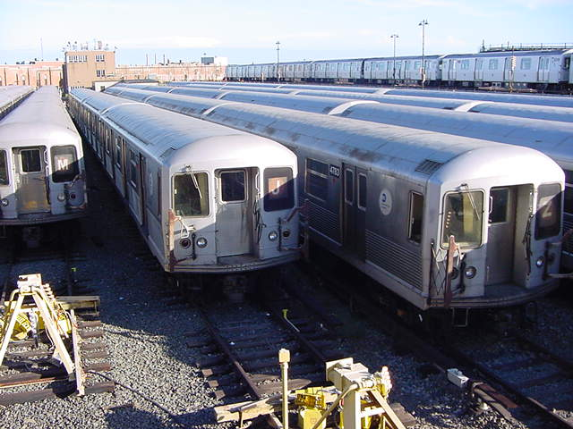 (62k, 640x480)<br><b>Country:</b> United States<br><b>City:</b> New York<br><b>System:</b> New York City Transit<br><b>Location:</b> East New York Yard/Shops<br><b>Car:</b> R-42 (St. Louis, 1969-1970)   <br><b>Photo by:</b> Salaam Allah<br><b>Date:</b> 9/22/2002<br><b>Viewed (this week/total):</b> 0 / 2492