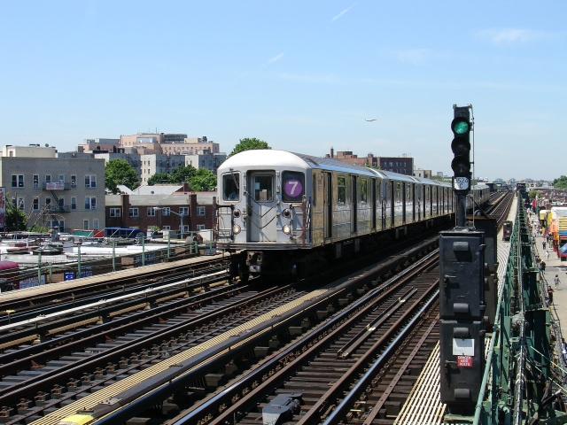 (157k, 640x480)<br><b>Country:</b> United States<br><b>City:</b> New York<br><b>System:</b> New York City Transit<br><b>Line:</b> IRT Flushing Line<br><b>Location:</b> 90th Street/Elmhurst Avenue <br><b>Photo by:</b> Kevin Lee<br><b>Date:</b> 6/23/2005<br><b>Viewed (this week/total):</b> 1 / 1355