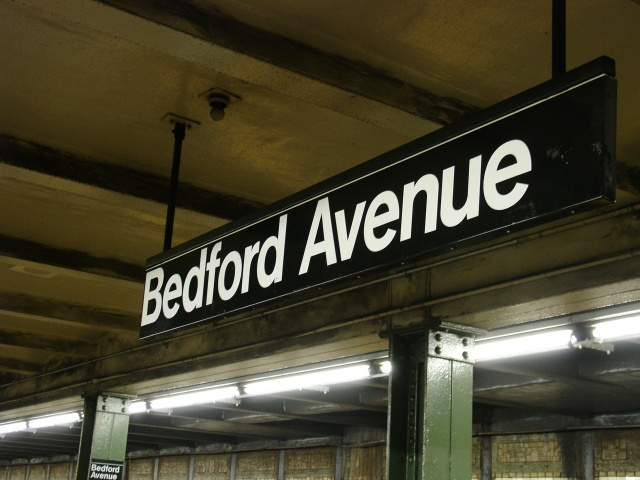(119k, 640x480)<br><b>Country:</b> United States<br><b>City:</b> New York<br><b>System:</b> New York City Transit<br><b>Line:</b> BMT Canarsie Line<br><b>Location:</b> Bedford Avenue <br><b>Photo by:</b> Kevin Lee<br><b>Date:</b> 6/23/2005<br><b>Viewed (this week/total):</b> 1 / 2165