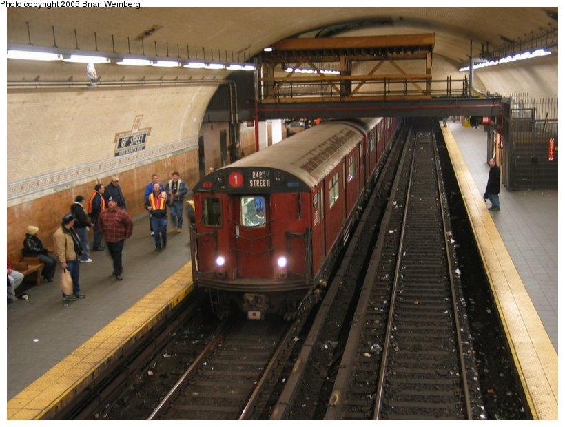 (112k, 820x620)<br><b>Country:</b> United States<br><b>City:</b> New York<br><b>System:</b> New York City Transit<br><b>Line:</b> IRT West Side Line<br><b>Location:</b> 181st Street <br><b>Route:</b> Fan Trip<br><b>Car:</b> R-33 World's Fair (St. Louis, 1963-64) 9310 <br><b>Photo by:</b> Brian Weinberg<br><b>Date:</b> 12/21/2003<br><b>Viewed (this week/total):</b> 2 / 4435