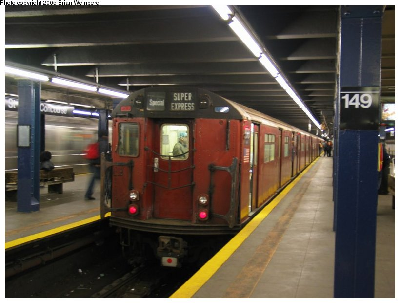 (88k, 820x620)<br><b>Country:</b> United States<br><b>City:</b> New York<br><b>System:</b> New York City Transit<br><b>Line:</b> IRT Woodlawn Line<br><b>Location:</b> 149th Street/Grand Concourse <br><b>Route:</b> Fan Trip<br><b>Car:</b> R-33 World's Fair (St. Louis, 1963-64) 9310 <br><b>Photo by:</b> Brian Weinberg<br><b>Date:</b> 12/21/2003<br><b>Viewed (this week/total):</b> 2 / 3375