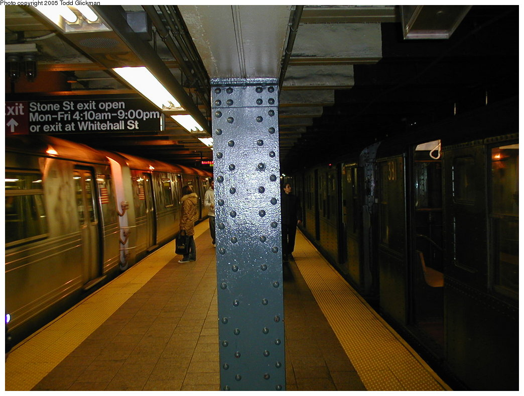 (174k, 1044x788)<br><b>Country:</b> United States<br><b>City:</b> New York<br><b>System:</b> New York City Transit<br><b>Line:</b> BMT Broadway Line<br><b>Location:</b> Whitehall Street <br><b>Route:</b> Fan Trip<br><b>Car:</b> R-1 (American Car & Foundry, 1930-1931) 381 <br><b>Photo by:</b> Todd Glickman<br><b>Date:</b> 11/27/2004<br><b>Notes:</b> Train in regular passenger service for the holidays, not techically a fan trip.<br><b>Viewed (this week/total):</b> 0 / 3870
