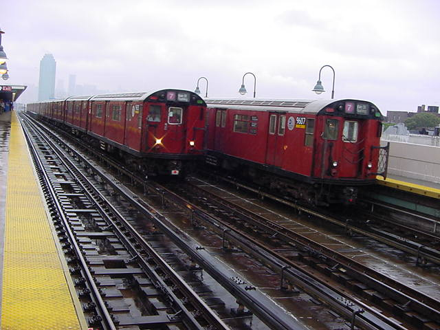 (60k, 640x480)<br><b>Country:</b> United States<br><b>City:</b> New York<br><b>System:</b> New York City Transit<br><b>Line:</b> IRT Flushing Line<br><b>Location:</b> 40th Street/Lowery Street <br><b>Route:</b> 7<br><b>Car:</b> R-36 World's Fair (St. Louis, 1963-64) 9607 <br><b>Photo by:</b> Salaam Allah<br><b>Date:</b> 9/26/2002<br><b>Viewed (this week/total):</b> 1 / 2389