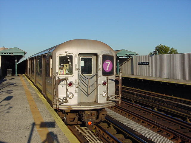 (59k, 640x480)<br><b>Country:</b> United States<br><b>City:</b> New York<br><b>System:</b> New York City Transit<br><b>Line:</b> IRT Flushing Line<br><b>Location:</b> 52nd Street/Lincoln Avenue <br><b>Route:</b> 7<br><b>Car:</b> R-62A (Bombardier, 1984-1987)   <br><b>Photo by:</b> Salaam Allah<br><b>Date:</b> 9/18/2002<br><b>Viewed (this week/total):</b> 2 / 2208