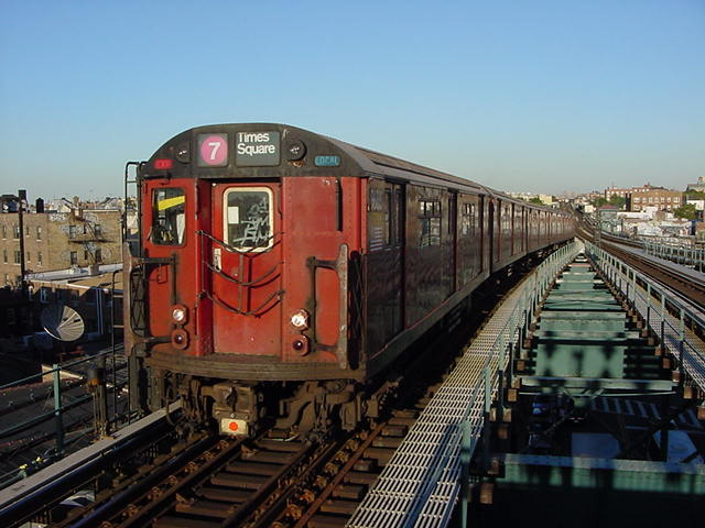 (60k, 640x480)<br><b>Country:</b> United States<br><b>City:</b> New York<br><b>System:</b> New York City Transit<br><b>Line:</b> IRT Flushing Line<br><b>Location:</b> 61st Street/Woodside <br><b>Route:</b> 7<br><b>Car:</b> R-36 World's Fair (St. Louis, 1963-64)  <br><b>Photo by:</b> Salaam Allah<br><b>Date:</b> 9/18/2002<br><b>Viewed (this week/total):</b> 1 / 2503