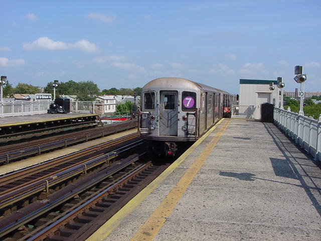 (60k, 640x480)<br><b>Country:</b> United States<br><b>City:</b> New York<br><b>System:</b> New York City Transit<br><b>Line:</b> IRT Flushing Line<br><b>Location:</b> 90th Street/Elmhurst Avenue <br><b>Route:</b> 7<br><b>Car:</b> R-62A (Bombardier, 1984-1987)  1721 <br><b>Photo by:</b> Salaam Allah<br><b>Date:</b> 9/24/2002<br><b>Viewed (this week/total):</b> 1 / 2225