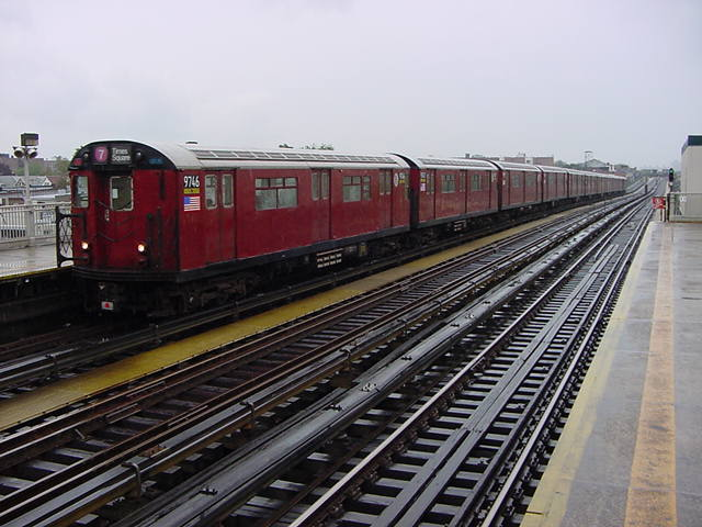 (59k, 640x480)<br><b>Country:</b> United States<br><b>City:</b> New York<br><b>System:</b> New York City Transit<br><b>Line:</b> IRT Flushing Line<br><b>Location:</b> 90th Street/Elmhurst Avenue <br><b>Route:</b> 7<br><b>Car:</b> R-36 World's Fair (St. Louis, 1963-64) 9746 <br><b>Photo by:</b> Salaam Allah<br><b>Date:</b> 9/26/2002<br><b>Viewed (this week/total):</b> 0 / 1522