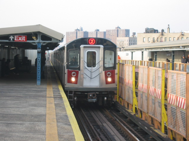 (103k, 640x480)<br><b>Country:</b> United States<br><b>City:</b> New York<br><b>System:</b> New York City Transit<br><b>Line:</b> IRT White Plains Road Line<br><b>Location:</b> Intervale Avenue <br><b>Route:</b> 2<br><b>Car:</b> R-142 (Primary Order, Bombardier, 1999-2002)  6736 <br><b>Photo by:</b> Oren H.<br><b>Date:</b> 11/29/2002<br><b>Viewed (this week/total):</b> 0 / 4101