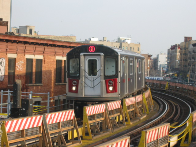 (113k, 640x480)<br><b>Country:</b> United States<br><b>City:</b> New York<br><b>System:</b> New York City Transit<br><b>Line:</b> IRT White Plains Road Line<br><b>Location:</b> Simpson Street <br><b>Route:</b> 2<br><b>Car:</b> R-142 (Primary Order, Bombardier, 1999-2002)  6630 <br><b>Photo by:</b> Oren H.<br><b>Date:</b> 11/29/2002<br><b>Viewed (this week/total):</b> 0 / 4318