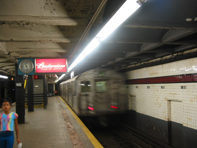 (87k, 640x480)<br><b>Country:</b> United States<br><b>City:</b> New York<br><b>System:</b> New York City Transit<br><b>Line:</b> IND 8th Avenue Line<br><b>Location:</b> 168th Street <br><b>Route:</b> C<br><b>Car:</b> R-38 (St. Louis, 1966-1967)  3967 <br><b>Photo by:</b> Oren H.<br><b>Date:</b> 8/6/2002<br><b>Viewed (this week/total):</b> 0 / 3393