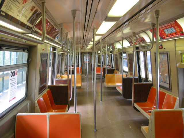 (117k, 640x480)<br><b>Country:</b> United States<br><b>City:</b> New York<br><b>System:</b> New York City Transit<br><b>Car:</b> R-46 (Pullman-Standard, 1974-75) Interior <br><b>Photo by:</b> Oren H.<br><b>Notes:</b> Interior.<br><b>Viewed (this week/total):</b> 8 / 3172