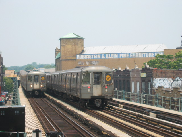 (95k, 640x480)<br><b>Country:</b> United States<br><b>City:</b> New York<br><b>System:</b> New York City Transit<br><b>Line:</b> BMT West End Line<br><b>Location:</b> 50th Street <br><b>Route:</b> W<br><b>Car:</b> R-68A (Kawasaki, 1988-1989)  5174/5130 <br><b>Photo by:</b> Oren H.<br><b>Date:</b> 6/27/2003<br><b>Viewed (this week/total):</b> 2 / 3431