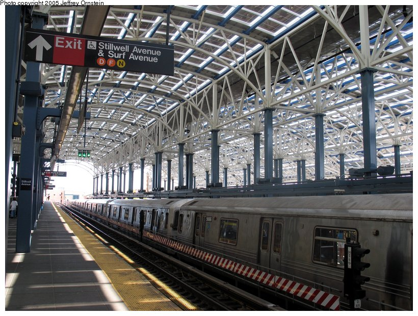 (157k, 820x620)<br><b>Country:</b> United States<br><b>City:</b> New York<br><b>System:</b> New York City Transit<br><b>Location:</b> Coney Island/Stillwell Avenue<br><b>Route:</b> F<br><b>Car:</b> R-46 (Pullman-Standard, 1974-75) 5666 <br><b>Photo by:</b> Jeffrey Ornstein<br><b>Date:</b> 7/23/2005<br><b>Viewed (this week/total):</b> 1 / 4614