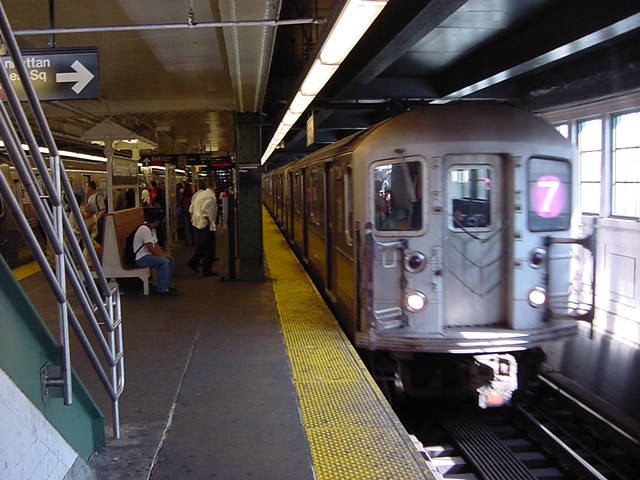 (59k, 640x480)<br><b>Country:</b> United States<br><b>City:</b> New York<br><b>System:</b> New York City Transit<br><b>Line:</b> IRT Flushing Line<br><b>Location:</b> Queensborough Plaza <br><b>Car:</b> R-62A (Bombardier, 1984-1987)   <br><b>Photo by:</b> Salaam Allah<br><b>Date:</b> 9/18/2002<br><b>Viewed (this week/total):</b> 1 / 2388