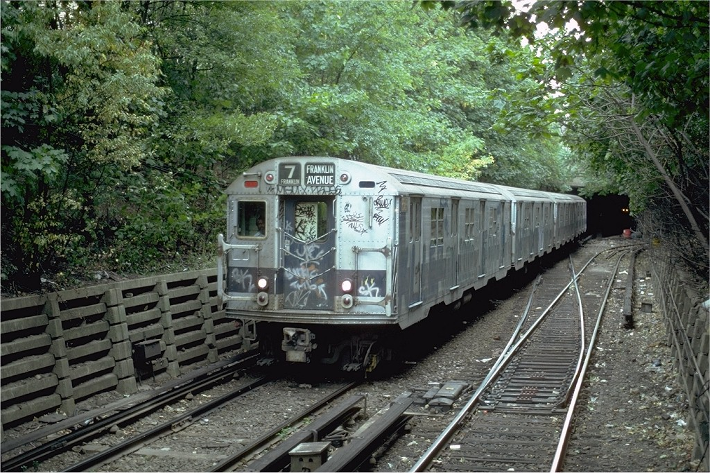 (299k, 1024x682)<br><b>Country:</b> United States<br><b>City:</b> New York<br><b>System:</b> New York City Transit<br><b>Line:</b> BMT Franklin<br><b>Location:</b> Empire Blvd. (Malbone St.) Tunnel Portal <br><b>Route:</b> Franklin Shuttle<br><b>Car:</b> R-30 (St. Louis, 1961) 8569 <br><b>Photo by:</b> Steve Zabel<br><b>Collection of:</b> Joe Testagrose<br><b>Date:</b> 8/22/1981<br><b>Viewed (this week/total):</b> 3 / 4205