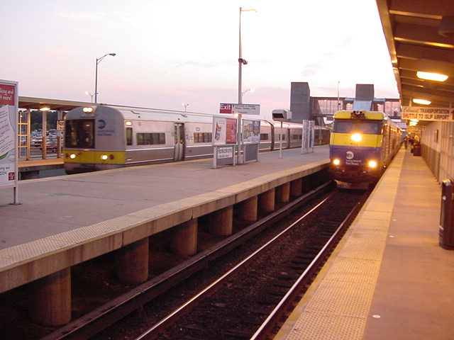 (61k, 640x480)<br><b>Country:</b> United States<br><b>System:</b> Long Island Rail Road<br><b>Line:</b> LIRR Greenport<br><b>Location:</b> Ronkonkoma <br><b>Photo by:</b> Salaam Allah<br><b>Date:</b> 10/1/2002<br><b>Viewed (this week/total):</b> 2 / 4248