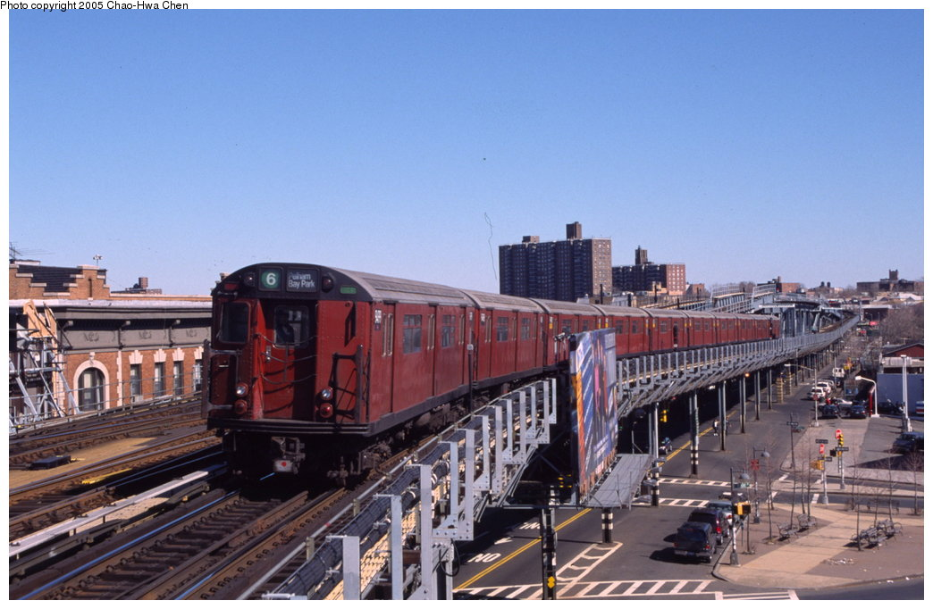 (152k, 1044x682)<br><b>Country:</b> United States<br><b>City:</b> New York<br><b>System:</b> New York City Transit<br><b>Line:</b> IRT Pelham Line<br><b>Location:</b> Westchester Square <br><b>Route:</b> 6<br><b>Car:</b> R-36 World's Fair (St. Louis, 1963-64) 9499 <br><b>Photo by:</b> Chao-Hwa Chen<br><b>Date:</b> 3/6/2000<br><b>Viewed (this week/total):</b> 0 / 3819