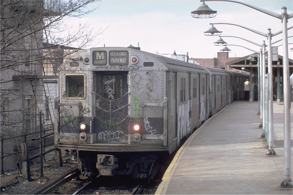 (201k, 1024x682)<br><b>Country:</b> United States<br><b>City:</b> New York<br><b>System:</b> New York City Transit<br><b>Line:</b> BMT Brighton Line<br><b>Location:</b> Kings Highway <br><b>Route:</b> M<br><b>Car:</b> R-30 (St. Louis, 1961) 8282 <br><b>Photo by:</b> Steve Zabel<br><b>Collection of:</b> Joe Testagrose<br><b>Date:</b> 3/26/1982<br><b>Viewed (this week/total):</b> 2 / 3025