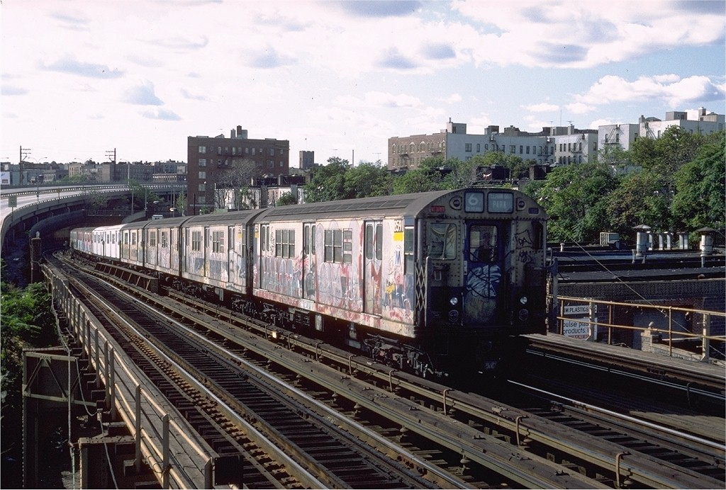(237k, 1024x692)<br><b>Country:</b> United States<br><b>City:</b> New York<br><b>System:</b> New York City Transit<br><b>Line:</b> IRT Pelham Line<br><b>Location:</b> Whitlock Avenue <br><b>Route:</b> 6<br><b>Car:</b> R-29 (St. Louis, 1962) 8591 <br><b>Photo by:</b> Steve Zabel<br><b>Collection of:</b> Joe Testagrose<br><b>Date:</b> 10/16/1982<br><b>Viewed (this week/total):</b> 6 / 3808