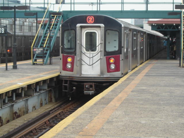 (57k, 640x480)<br><b>Country:</b> United States<br><b>City:</b> New York<br><b>System:</b> New York City Transit<br><b>Line:</b> IRT White Plains Road Line<br><b>Location:</b> East 180th Street <br><b>Route:</b> 2<br><b>Car:</b> R-142 or R-142A (Number Unknown)  <br><b>Photo by:</b> DeAndre Burrell<br><b>Date:</b> 8/8/2005<br><b>Viewed (this week/total):</b> 2 / 4184