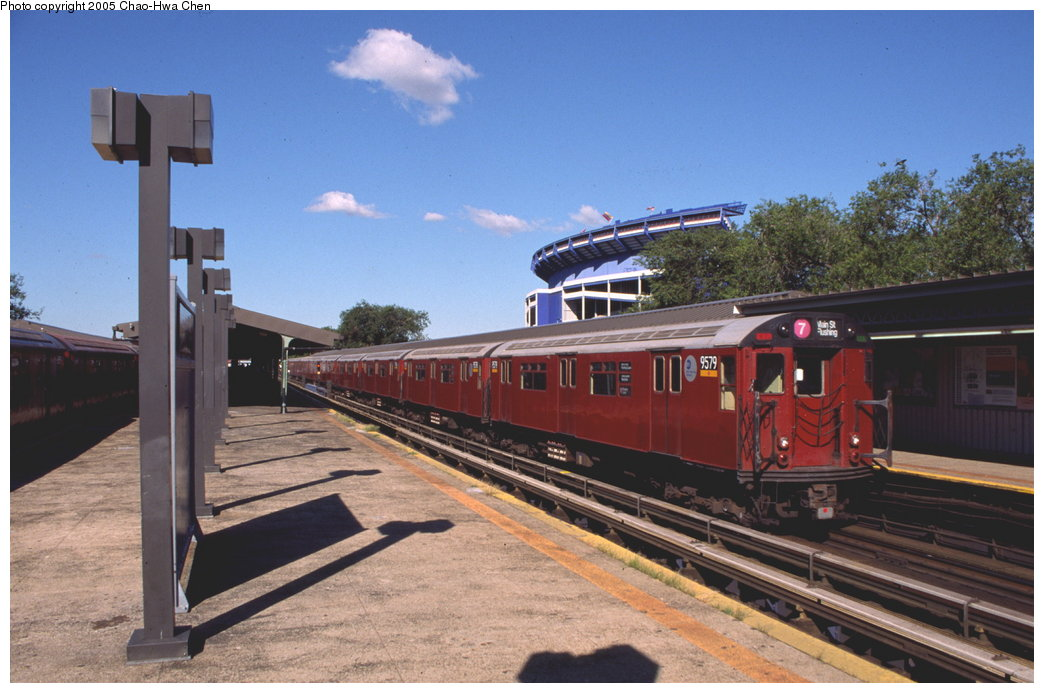 (152k, 1044x693)<br><b>Country:</b> United States<br><b>City:</b> New York<br><b>System:</b> New York City Transit<br><b>Line:</b> IRT Flushing Line<br><b>Location:</b> Willets Point/Mets (fmr. Shea Stadium) <br><b>Route:</b> 7<br><b>Car:</b> R-36 World's Fair (St. Louis, 1963-64) 9579 <br><b>Photo by:</b> Chao-Hwa Chen<br><b>Date:</b> 8/9/1999<br><b>Viewed (this week/total):</b> 0 / 2160