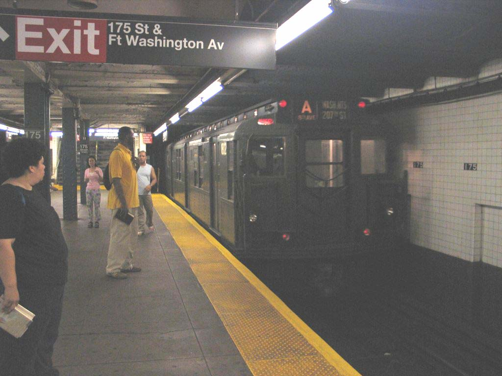 (93k, 1024x768)<br><b>Country:</b> United States<br><b>City:</b> New York<br><b>System:</b> New York City Transit<br><b>Line:</b> IND 8th Avenue Line<br><b>Location:</b> 175th Street/George Washington Bridge Bus Terminal <br><b>Route:</b> Fan Trip<br><b>Car:</b> R-9 (Pressed Steel, 1940)  1802 <br><b>Photo by:</b> Brian Weinberg<br><b>Date:</b> 8/21/2005<br><b>Notes:</b> Technically not on the fantrip-- Consist was deadheading to Columbus Circle for a Transit Museum excursion to the Rockaways.<br><b>Viewed (this week/total):</b> 2 / 3175