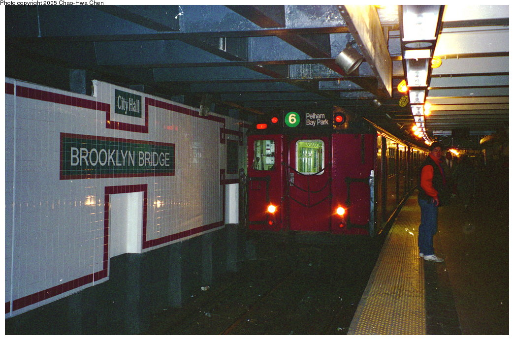 (180k, 1044x691)<br><b>Country:</b> United States<br><b>City:</b> New York<br><b>System:</b> New York City Transit<br><b>Line:</b> IRT East Side Line<br><b>Location:</b> Brooklyn Bridge/City Hall <br><b>Route:</b> 6<br><b>Car:</b> R-29 (St. Louis, 1962) 8675 <br><b>Photo by:</b> Chao-Hwa Chen<br><b>Date:</b> 3/19/1996<br><b>Viewed (this week/total):</b> 6 / 5023