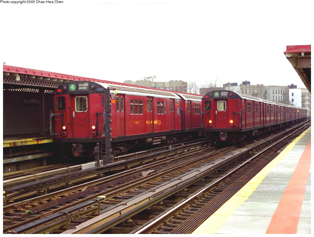 (178k, 1044x789)<br><b>Country:</b> United States<br><b>City:</b> New York<br><b>System:</b> New York City Transit<br><b>Line:</b> IRT Woodlawn Line<br><b>Location:</b> Bedford Park Boulevard <br><b>Route:</b> 4<br><b>Car:</b> R-33 Main Line (St. Louis, 1962-63) 9275 <br><b>Photo by:</b> Chao-Hwa Chen<br><b>Date:</b> 3/20/1998<br><b>Viewed (this week/total):</b> 1 / 3353