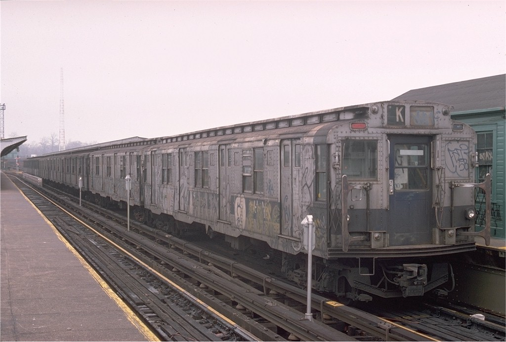 (160k, 1024x693)<br><b>Country:</b> United States<br><b>City:</b> New York<br><b>System:</b> New York City Transit<br><b>Line:</b> BMT Canarsie Line<br><b>Location:</b> Atlantic Avenue <br><b>Route:</b> LL<br><b>Car:</b> R-1/R-9 Series   <br><b>Photo by:</b> Ed McKernan<br><b>Collection of:</b> Joe Testagrose<br><b>Date:</b> 12/14/1975<br><b>Viewed (this week/total):</b> 0 / 2348