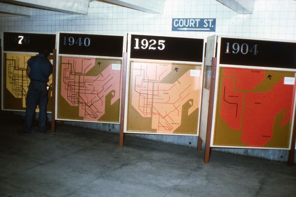 (357k, 1044x720)<br><b>Country:</b> United States<br><b>City:</b> New York<br><b>System:</b> New York City Transit<br><b>Location:</b> New York Transit Museum<br><b>Photo by:</b> Steve Zabel<br><b>Collection of:</b> David Pirmann<br><b>Date:</b> 1976<br><b>Viewed (this week/total):</b> 0 / 3501