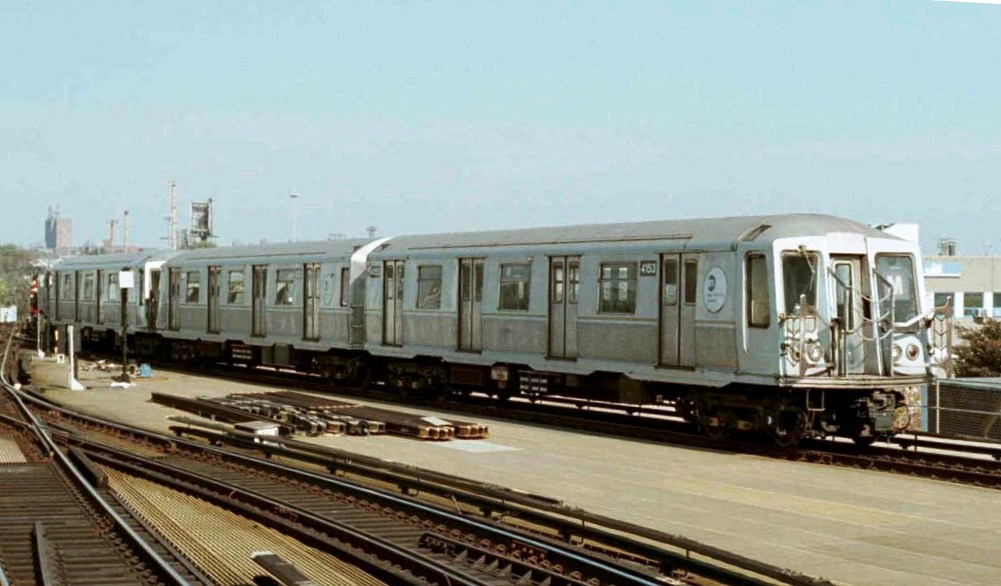 (113k, 1001x586)<br><b>Country:</b> United States<br><b>City:</b> New York<br><b>System:</b> New York City Transit<br><b>Location:</b> Coney Island Yard<br><b>Car:</b> R-40 (St. Louis, 1968)  4153 <br><b>Photo by:</b> Michael Pompili<br><b>Date:</b> 10/22/2001<br><b>Viewed (this week/total):</b> 1 / 3969