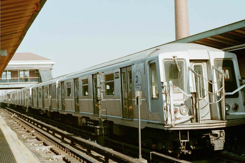 (85k, 960x640)<br><b>Country:</b> United States<br><b>City:</b> New York<br><b>System:</b> New York City Transit<br><b>Location:</b> Coney Island/Stillwell Avenue<br><b>Route:</b> M<br><b>Car:</b> R-40 (St. Louis, 1968)  4376 <br><b>Photo by:</b> Michael Pompili<br><b>Date:</b> 10/22/2001<br><b>Viewed (this week/total):</b> 1 / 3051