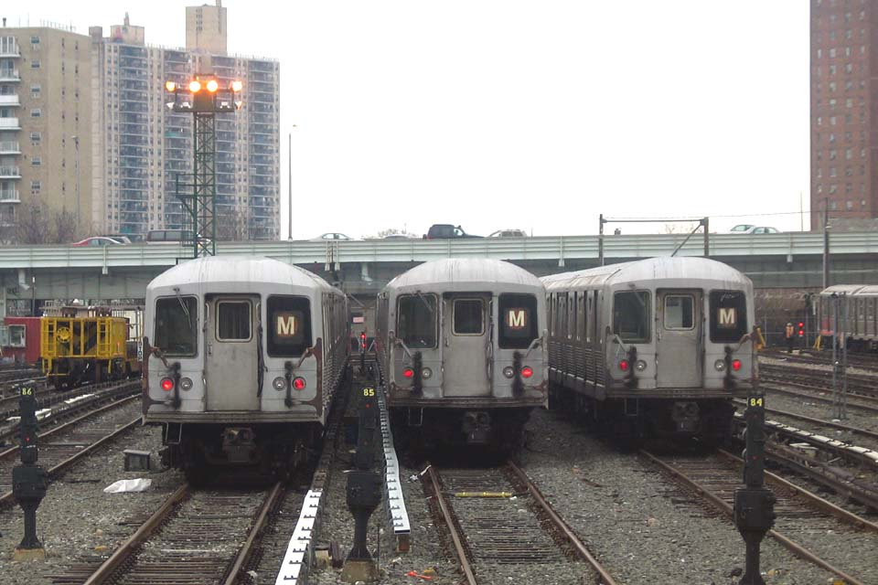 (98k, 960x640)<br><b>Country:</b> United States<br><b>City:</b> New York<br><b>System:</b> New York City Transit<br><b>Location:</b> Coney Island Yard<br><b>Car:</b> R-42 (St. Louis, 1969-1970)  4653 <br><b>Photo by:</b> Michael Pompili<br><b>Date:</b> 4/3/2004<br><b>Viewed (this week/total):</b> 0 / 2664