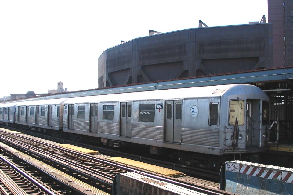 (93k, 960x640)<br><b>Country:</b> United States<br><b>City:</b> New York<br><b>System:</b> New York City Transit<br><b>Line:</b> BMT Nassau Street/Jamaica Line<br><b>Location:</b> Flushing Avenue <br><b>Route:</b> Z<br><b>Car:</b> R-42 (St. Louis, 1969-1970)  4897 <br><b>Photo by:</b> Michael Pompili<br><b>Date:</b> 3/23/2004<br><b>Viewed (this week/total):</b> 0 / 2138