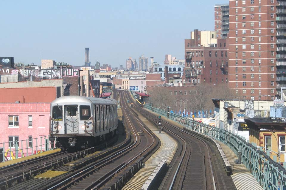 (118k, 960x640)<br><b>Country:</b> United States<br><b>City:</b> New York<br><b>System:</b> New York City Transit<br><b>Line:</b> BMT Nassau Street/Jamaica Line<br><b>Location:</b> Flushing Avenue <br><b>Route:</b> J<br><b>Car:</b> R-42 (St. Louis, 1969-1970)   <br><b>Photo by:</b> Michael Pompili<br><b>Date:</b> 3/23/2004<br><b>Viewed (this week/total):</b> 0 / 3117