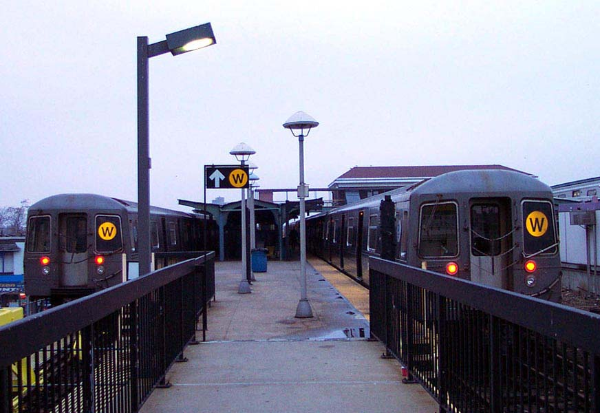 (76k, 872x600)<br><b>Country:</b> United States<br><b>City:</b> New York<br><b>System:</b> New York City Transit<br><b>Location:</b> Coney Island/Stillwell Avenue<br><b>Route:</b> W<br><b>Car:</b> R-68/R-68A Series (Number Unknown)  <br><b>Photo by:</b> Michael Pompili<br><b>Date:</b> 12/13/2001<br><b>Viewed (this week/total):</b> 8 / 4577