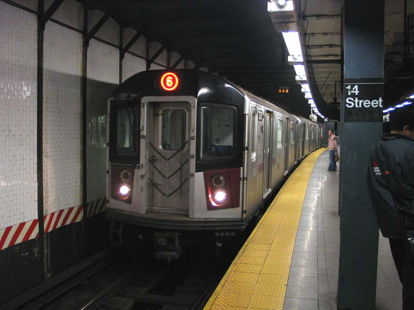 (79k, 853x640)<br><b>Country:</b> United States<br><b>City:</b> New York<br><b>System:</b> New York City Transit<br><b>Line:</b> IRT East Side Line<br><b>Location:</b> 14th Street/Union Square <br><b>Route:</b> 6<br><b>Car:</b> R-142A (Primary Order, Kawasaki, 1999-2002)  7576 <br><b>Photo by:</b> Michael Pompili<br><b>Date:</b> 10/27/2004<br><b>Viewed (this week/total):</b> 3 / 4514