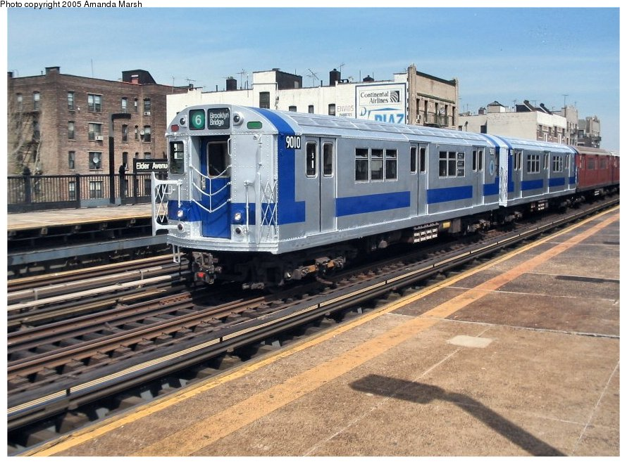 (151k, 890x660)<br><b>Country:</b> United States<br><b>City:</b> New York<br><b>System:</b> New York City Transit<br><b>Line:</b> IRT Pelham Line<br><b>Location:</b> Elder Avenue <br><b>Route:</b> Fan Trip<br><b>Car:</b> R-33 Main Line (St. Louis, 1962-63) 9010 <br><b>Photo by:</b> Amanda Marsh<br><b>Date:</b> 4/17/2004<br><b>Viewed (this week/total):</b> 2 / 3052